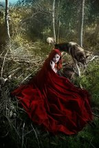 red_riding_hood_1_by_costurero_real-d3abg62